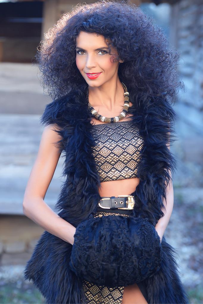 Simona Nicorina Burcea Festive wear