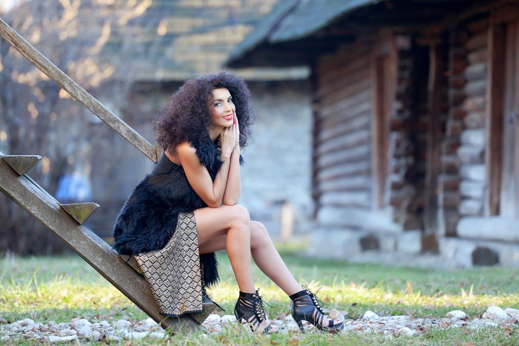 Simona Nicorina Burcea Traditional wear