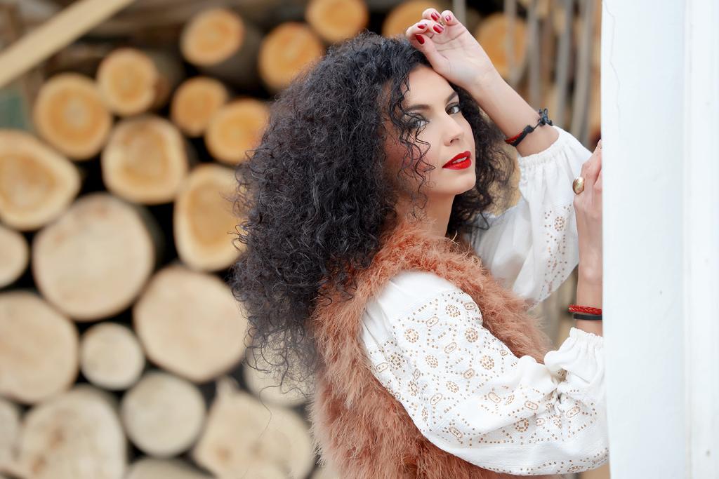 Simona Nicorina Burcea Din dragoste